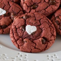 Easy Red Velvet Chocolate Chip Cookies