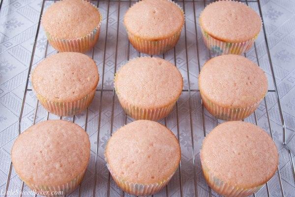 pink velvet cupcakes-2