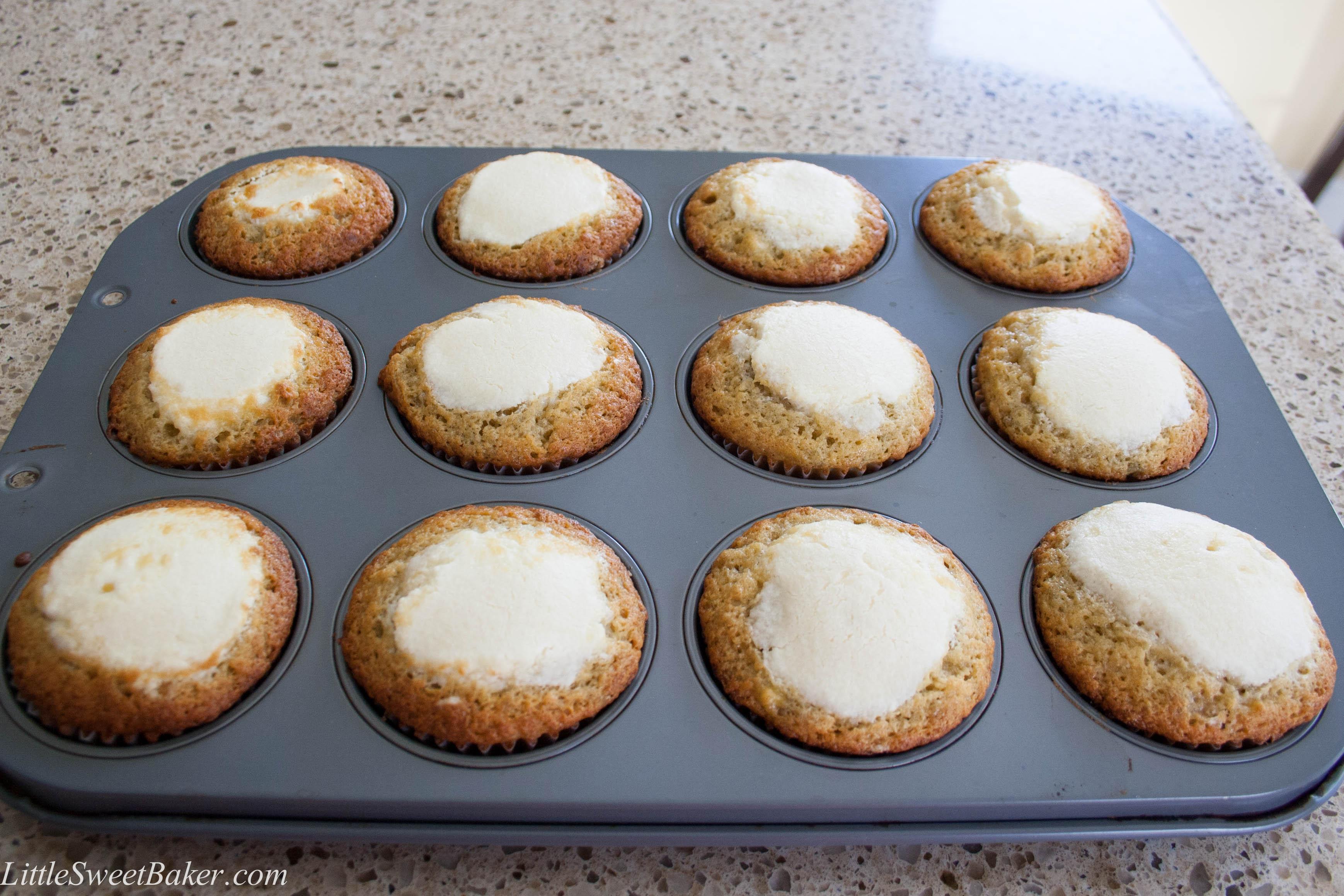 banana cream cheese muffins-2